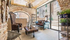 Heritage Palace Varos - Mag Quaint & Elegant Boutique Hotels - Split - Stue