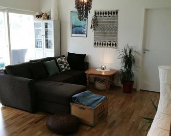 Pulpit Rock Family Apartment - Sandnes - Huiskamer