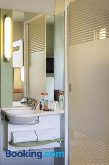 ibis budget Bordeaux Centre Bastide - Bordeaux - Bathroom