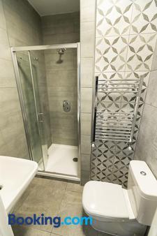 Euro Hotel Hammersmith - London - Bathroom
