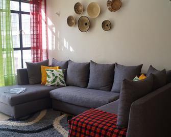 Savannah Airport Apartment - Embakasi - Living room