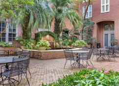 Church Street Inn Ascend Hotel Collection - Charleston - Binnenhof