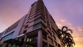 그랜디스 호텔 & 리조트 - 코타키나발루 - 건물