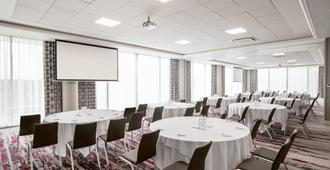 Crowne Plaza London Docklands - London - Phòng họp