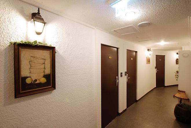 Incheon Airport Oceanview Hotel - Incheon - Hallway