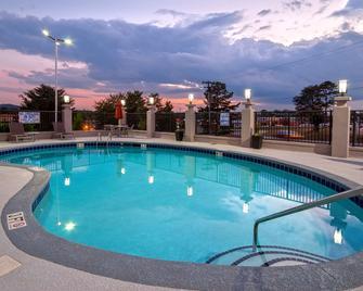 Best Western Travelers Rest/Greenville - Travelers Rest - Pool
