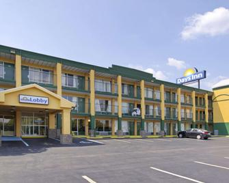 Days Inn by Wyndham Roanoke Civic Center - Roanoke - Edificio