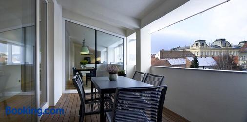 馬里博爾城市公寓酒店 - 馬里博爾 - 陽台