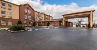 Motel 6 Harrisburg - Hershey North - Harrisburg - Building