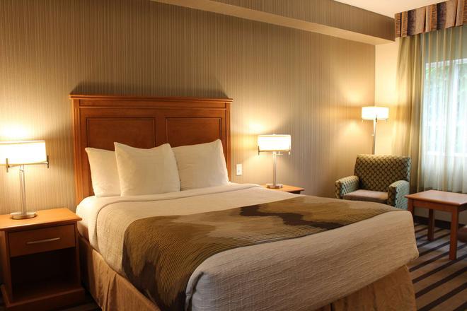 貝斯特韋斯特喬治國王套房酒店 - 索雷 - 薩里 - 臥室