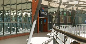 Travelodge Birmingham Central Broadway Plaza - Birmingham - Edifício