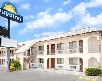 Days Inn by Wyndham Kingman East - Kingman - Edificio