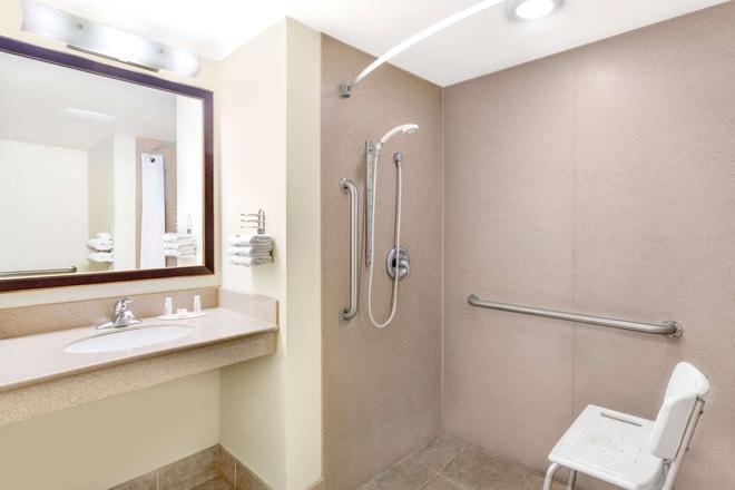 西金曼戴斯酒店 - 金曼(亞利桑那州) - 浴室