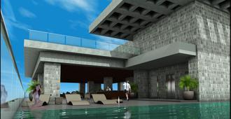 City Garden Grand Hotel - Makati - Svømmebasseng