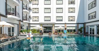 Hoian Sincerity Hotel & Spa - הוי אן - בריכה