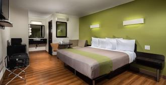 Motel 6 Canoga Park Ca - Los Angeles - Bedroom