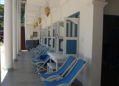 Zimmer Rest - Unawatuna - Patio