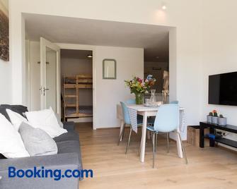 Duinappartementen Schoorl - Schoorl - Living room