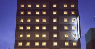 Hotel Route-Inn Fukui Ekimae - Fukui - Bygning