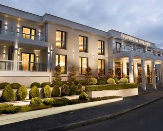Esperos Palace Luxury & Spa Hotel - Chlói - Building