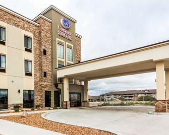 Comfort Suites University - Brookings - Edificio