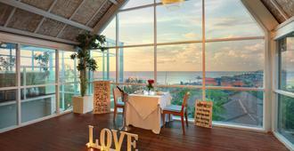 Aston Canggu Beach Resort - North Kuta - Vista del exterior