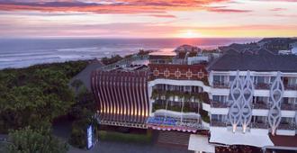 Aston Canggu Beach Resort - North Kuta