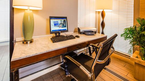 Best Western Country Inn - North - Kansas City - Business Center