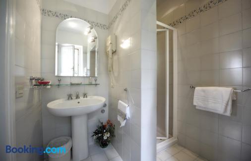 Hotel Villa Belvedere - San Gimignano - Bathroom