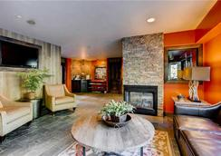 Westwind - Vail - Living room