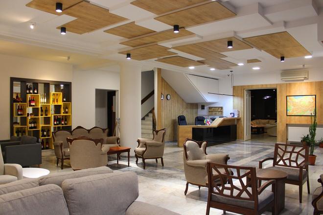Alliance Hotel - Tiflis - Recepción