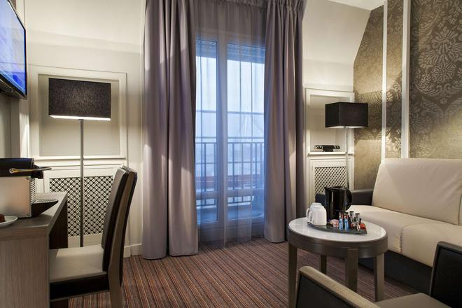 Timhotel Opera Blanche Fontaine - Paris - Phòng khách