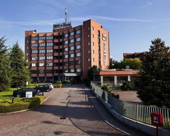 Rege Hotel - San Donato Milanese - Edificio