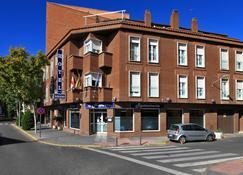 Hotel Navarro - Ciudad Real - Building