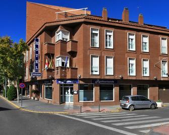 Hotel Navarro - Сьюдад-Реаль - Building