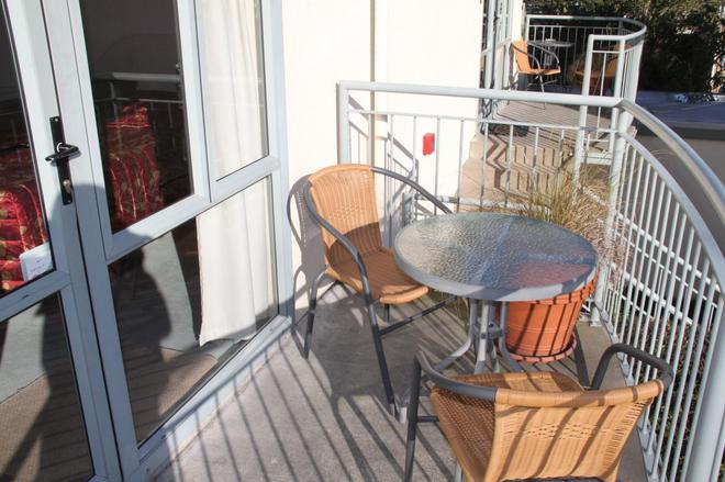 Alcala Motor Lodge - Christchurch - Balcony