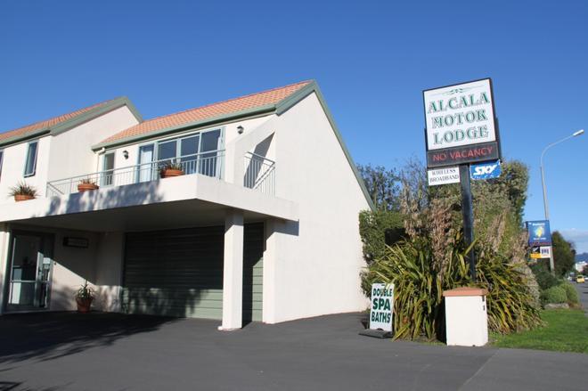 Alcala Motor Lodge - Christchurch - Building