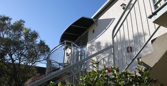 Alcala Motor Lodge - Christchurch - Utomhus