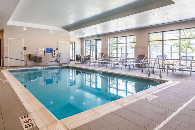 Comfort Inn and Suites Salt Lake City Airport - Salt Lake City - Pool