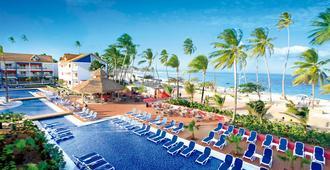 迪卡梅隆島民式酒店 - 聖安德魯 - 聖安德烈斯 - 游泳池