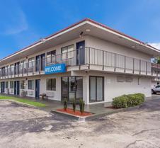 Motel 6 Meridian - Ms