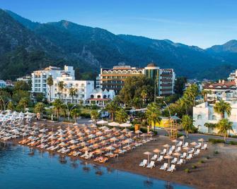 Elite World Marmaris Hotel - Adult Only +14 - İçmeler - Priveliște în exterior