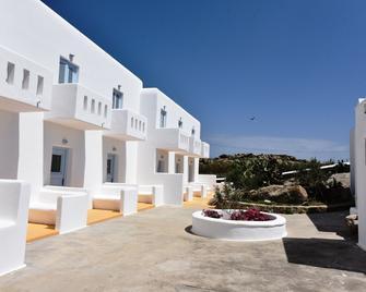 Artemida's Village - Platis Gialos - Κτίριο