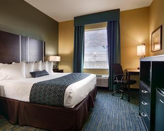 Best Western Plus Carrizo Springs Inn & Suites - Carrizo Springs - Спальня