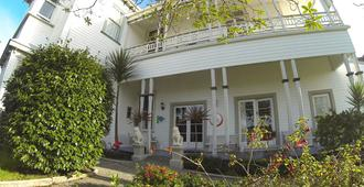 Tripinn Hostel - Westport - Edificio