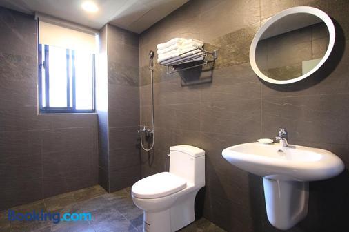 Hido Hotel III - Hengchun - Bathroom