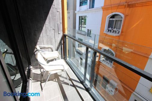 Hido Hotel III - Hengchun - Balcony