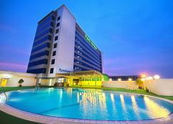 Park Avenue Hotel - Sungai Petani - Edifício