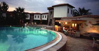 The Osmanli Hani - Dalyan (Mugla) - Pool