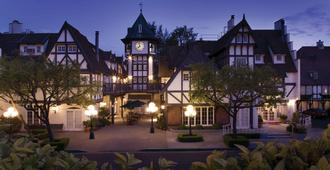 Wine Valley Inn - Solvang - Rakennus